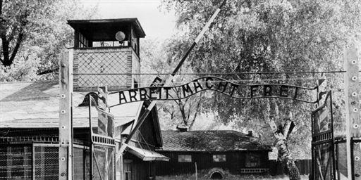 1372662_3_56a6_l-entree-du-camp-de-concentration-d-auschwitz